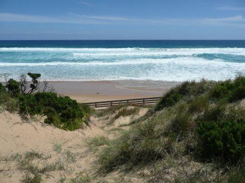 Pristine beach at Phillip Island
