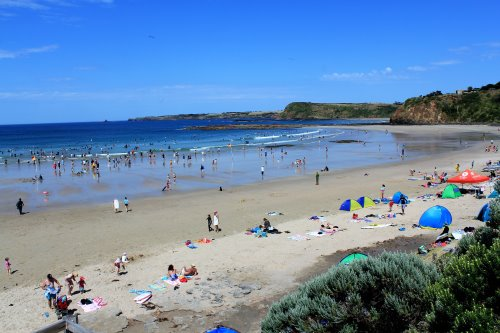 Popular Smiths Beach, Phillip Island