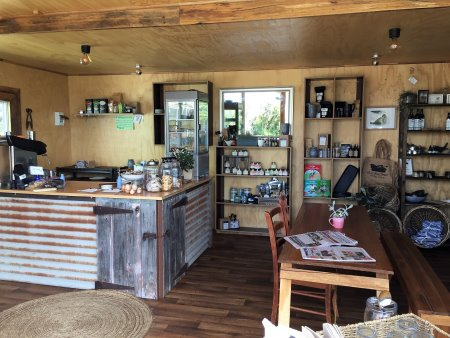 Cafe and shop at Bimbadeen Phillip Island