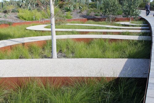 Curving paths at the Australian Garden