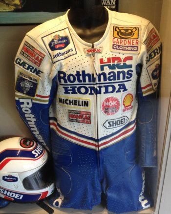 Wayne Gardner leathers