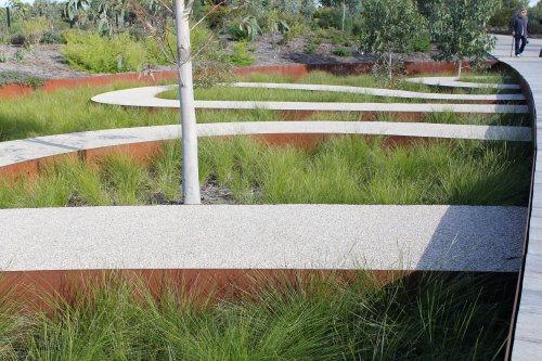 Curving paths at the Australian Garden